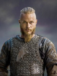 Vikings-Season-2-Ragnar-Lothbrok-official-picture-vikings-tv-series-37686623-2953-3941